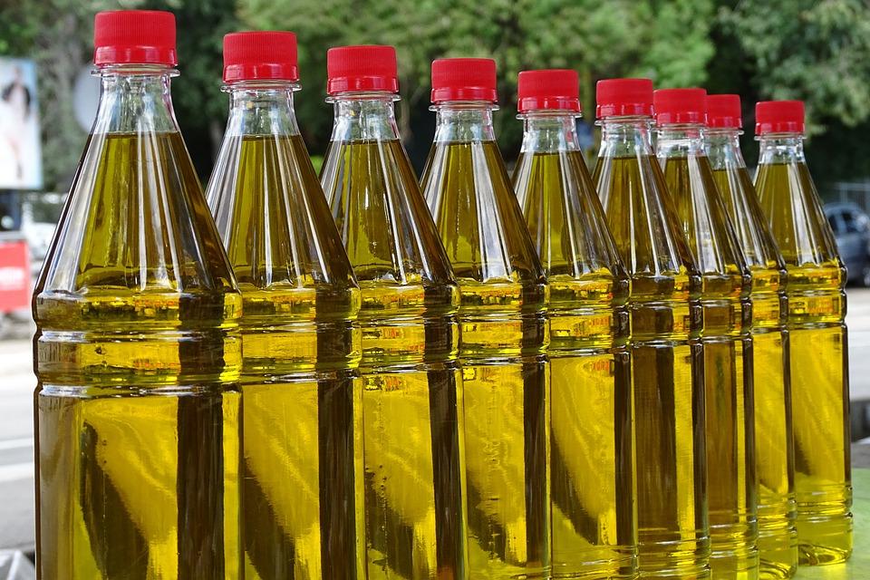 Todo sobre el envase del aceite con botellas y garrafas de plástico