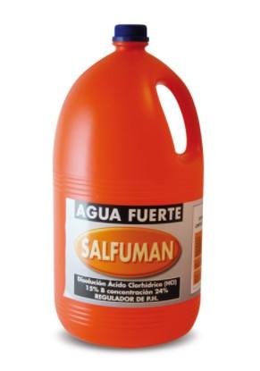 envases plasticos para limpieza como salfumán